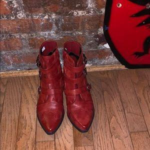 American Eagle red western bootie US8